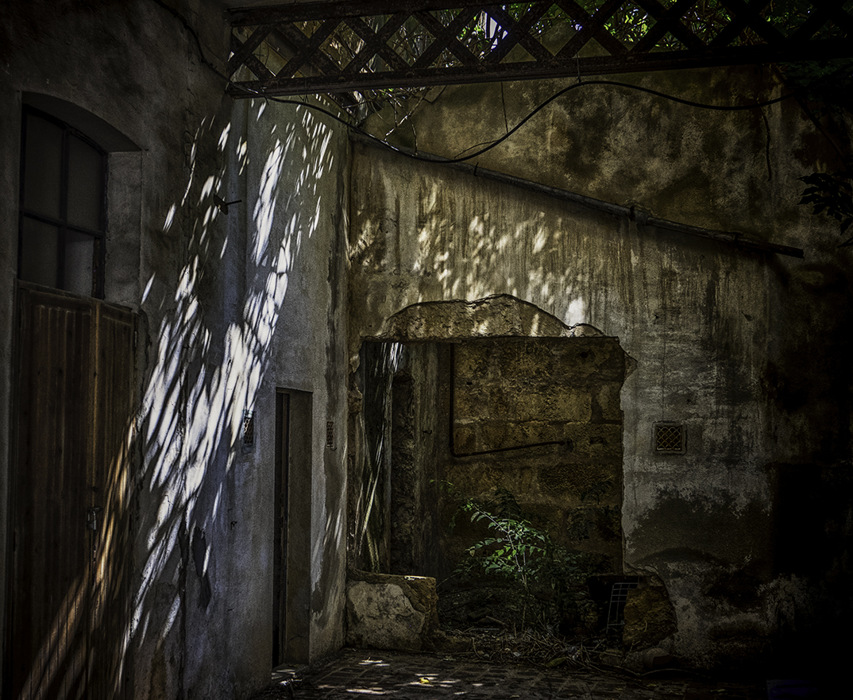 photoblog image Old Ruin,Alcudia Old Town.